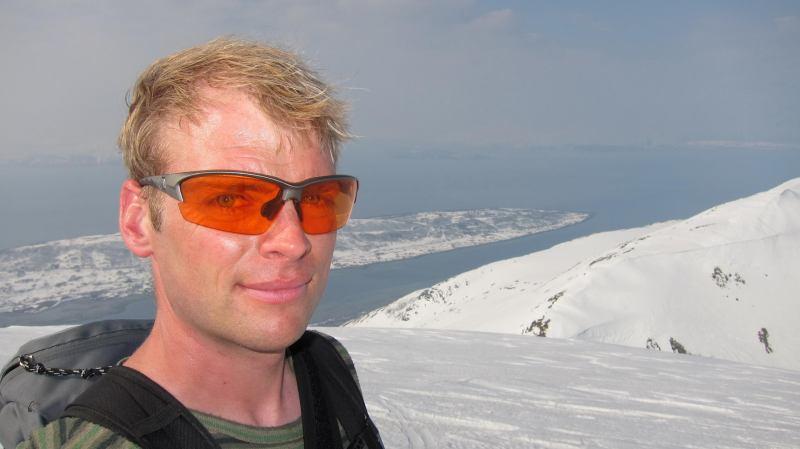 Cris on the summit (Storgalten, Norway)