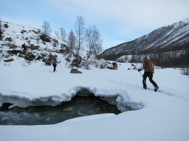 Crossing the river (Daltinden, Norway)