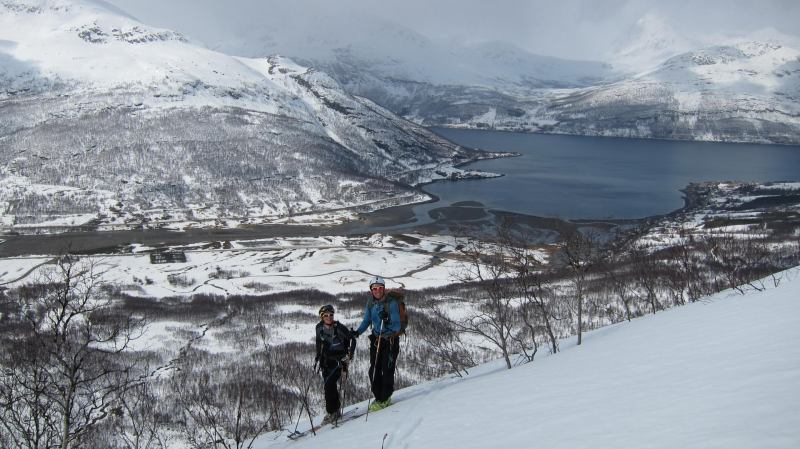 Em and Chris with fiord behind (Tomesrenna, Norway)