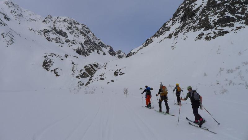 Heading up to towards the glacier (Tafeltinden, Norway)