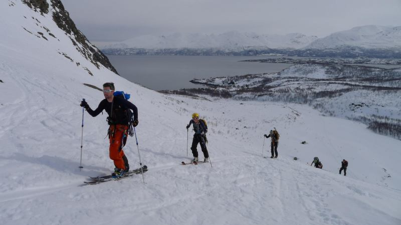Leaving the fiord (Tafeltinden, Norway)