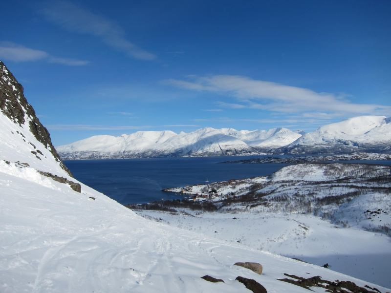 View towards the lodge (Tafeltinden, Norway)