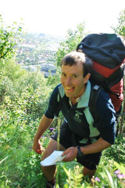Chris leads us astray (Midtnattsolgaloppen 2009)