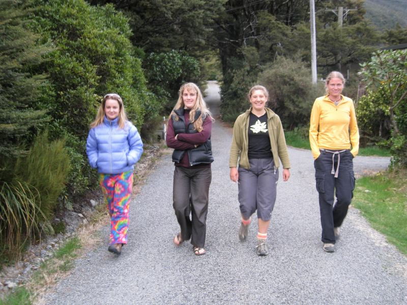 Katie, Gina, Clare, and Frauke in Arthurs Pass (Arthurs Pass, New Zealand)