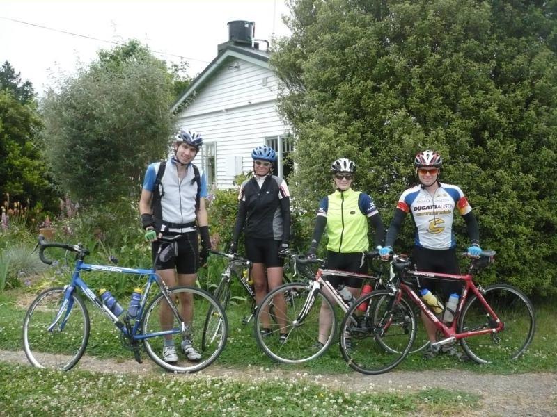 Keen cyclists (Olmec's)
