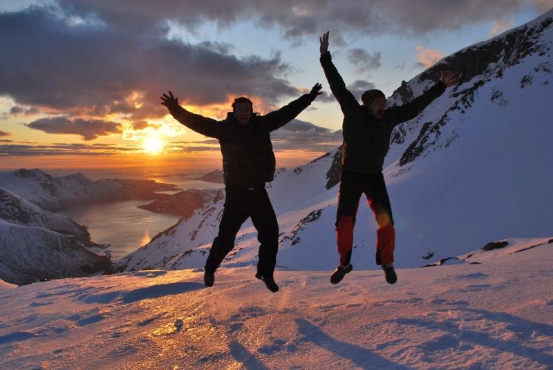 Cris and Chris jumping 2 (Ski touring Glomfjord, Norway)