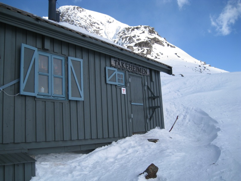 The hut (Ski touring Glomfjord, Norway)
