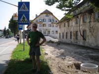 Cris beside road (OO.cup, Slovenia)