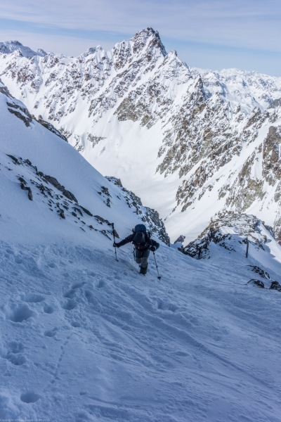 Ascending to the summit of the Hintere Jamspitze (Ski touring Jamtalhuette)