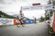 Cris crosses the finsih line (Tannheimer Tal Radmarathon)