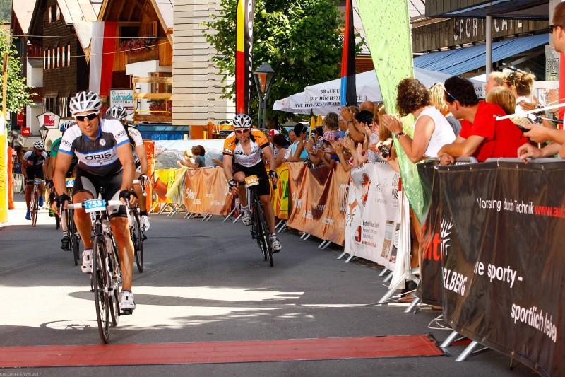Cris sprinting to the finish line (Arlberg Giro 2013)