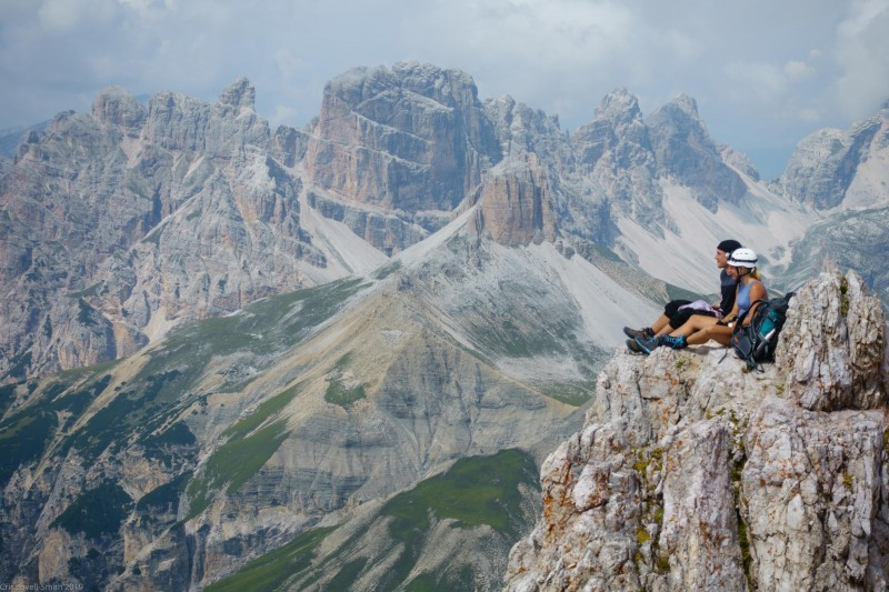 Phil and Julie taking a lunch break (Dolomiten ohne Grenze August 2019)