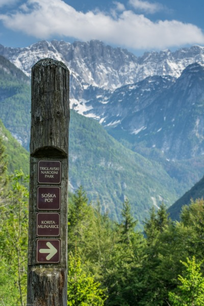 Sign (Slovenia)