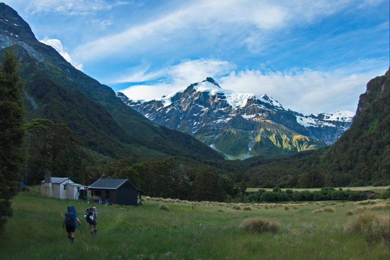 Nearing Top Forks Hut (Rabbit Pass Tramp Dec 2014)