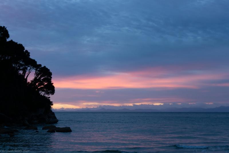 Sunrise (Seakayaking Abel Tasman April 2021)