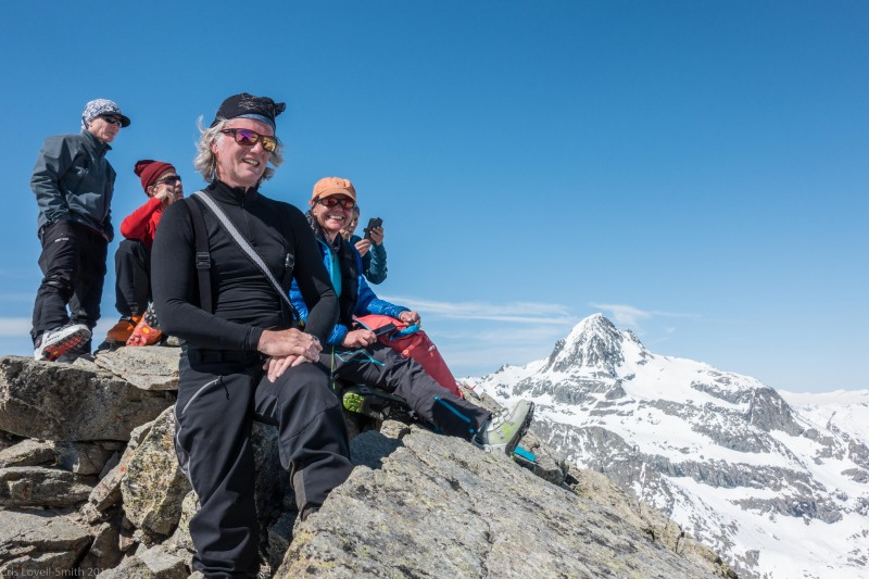 Elmar and Birgit at the summit (Ski touring Avers March 2019)