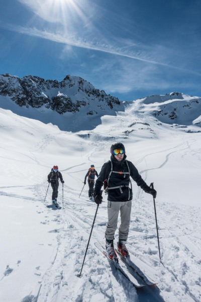 Descending (Skitouring Kuehtai March 2019)