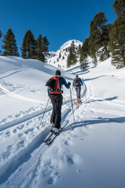 Heading out (Skitouring Kuehtai March 2019)