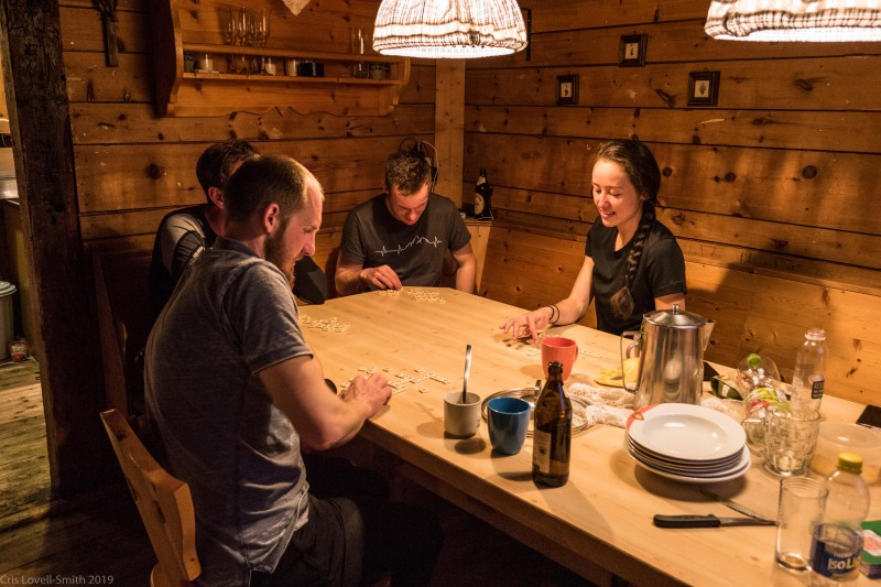 Scrabble in the evening (Skitouring Kuehtai March 2019)
