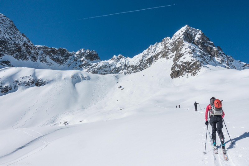 Touring up to the Wechnerscharte (Skitouring Kuehtai March 2019)