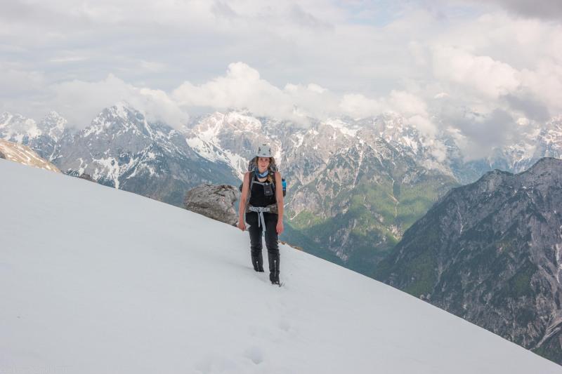 Leonie in the snow (Slovenia 2019)