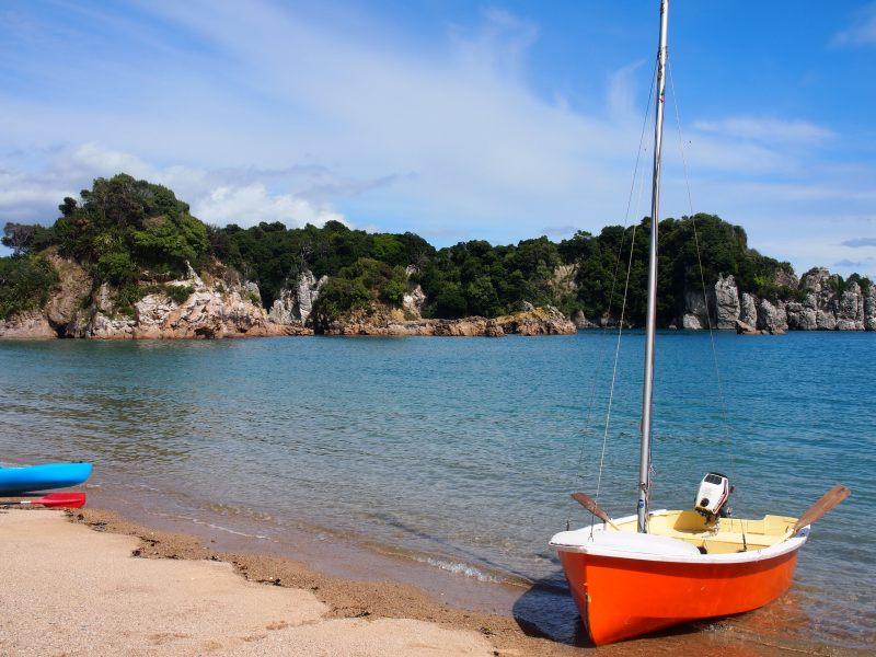 Boat on the beach (Takaka 2013)