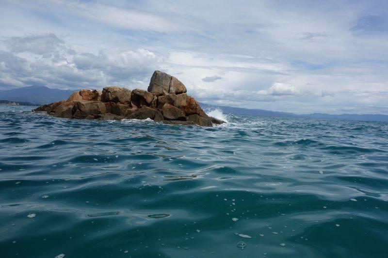 Rocks in the water (Takaka 2013)