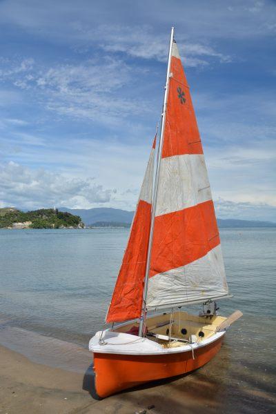 The boat on the beach 3 (Takaka 2013)