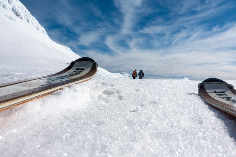 Between the skis (Tongariro Adventures July 2021)