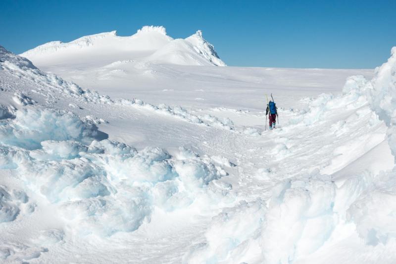 Walking onto the Summit Plateau (Tongariro Adventures July 2021)