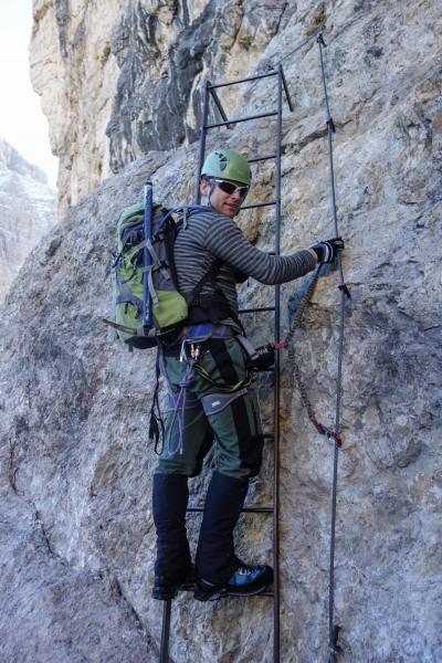 Cris on a ladder (Brenta Dolomites)