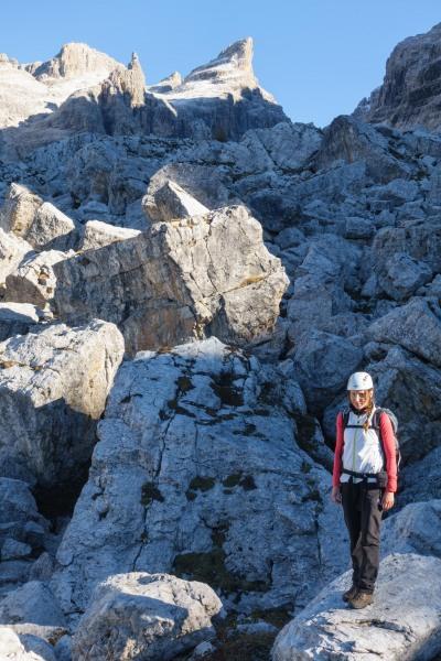 Leonie and lots of rocks (Brenta Dolomites 2016)