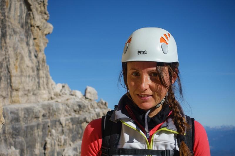 Leonie and rocks behind (Brenta Dolomites)