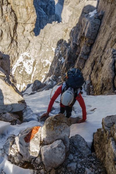 Leonie climbing (Brenta Dolomites)