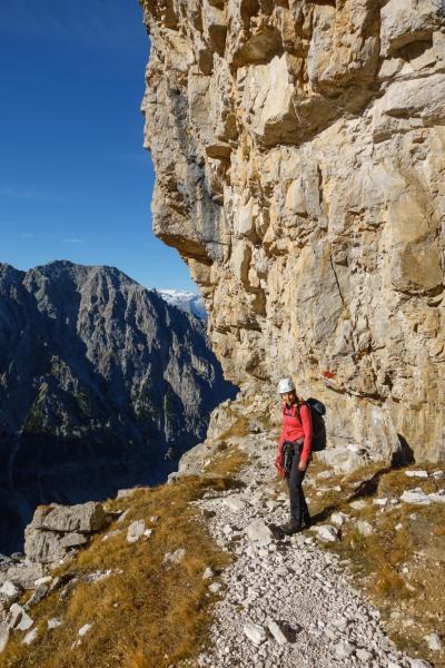 Leonie on the small path (Brenta Dolomites 2016)