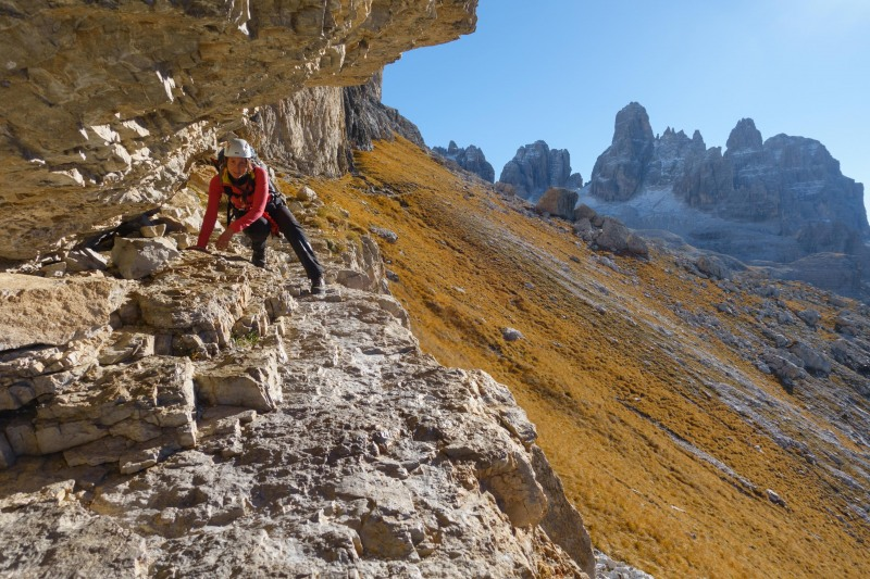 Leonie scrambling 2 (Brenta Dolomites 2016)
