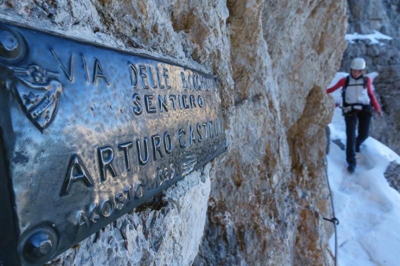More signage (Brenta Dolomites)