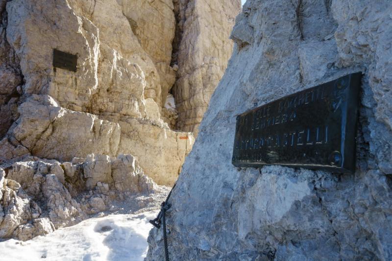 Signage (Brenta Dolomites)