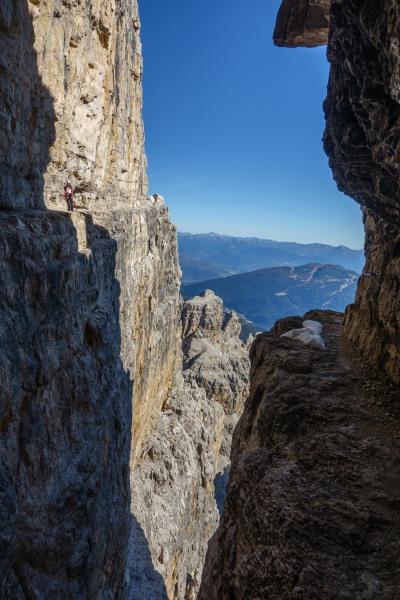 View across to Leonie (Brenta Dolomites)