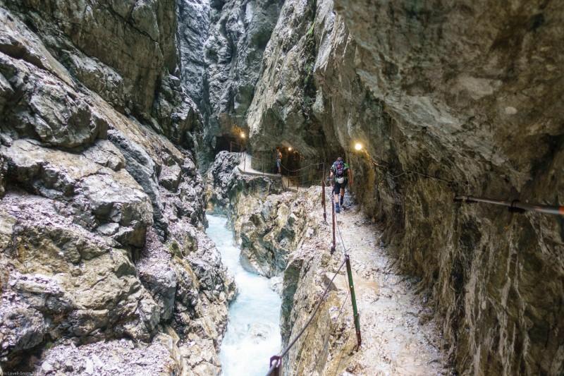 Heading up the schlucht (Zugspitze July 2018)