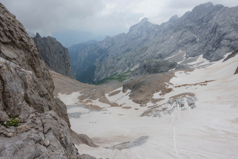 Looking down to the glacier again (Zugspitze July 2018)