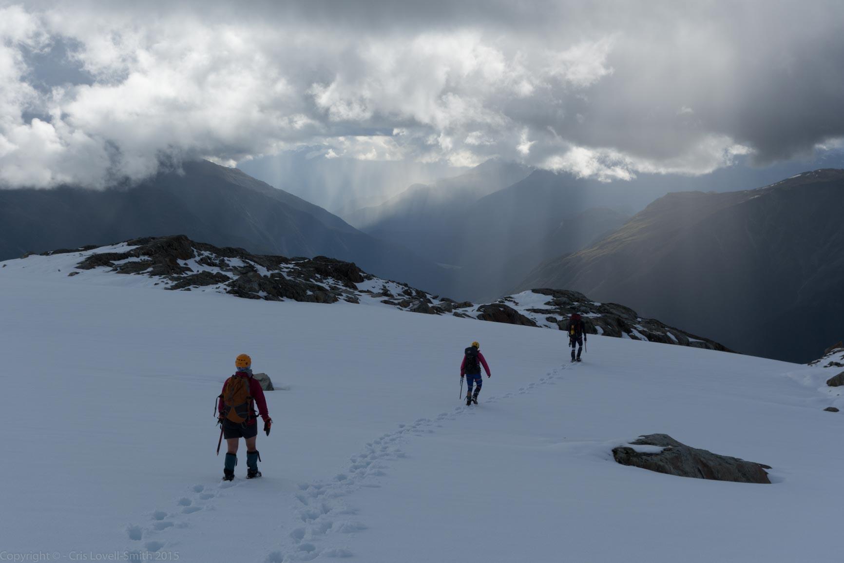 Descending towards the Landsborough (Hopkins Valley Tramp Jan 20