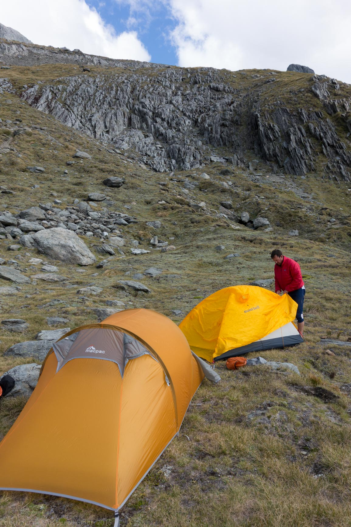 Pitching tents (Hopkins Valley Tramp Jan 2015)