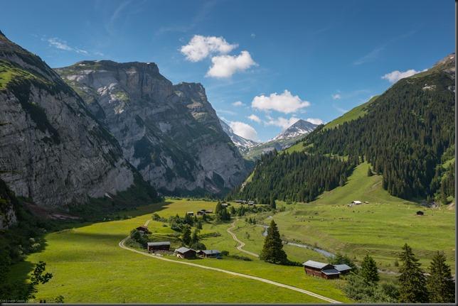 Walking in the hills (Flims klettersteig)