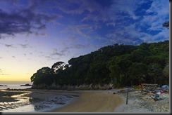 Mosquito Bay in the morning (Seakayaking Abel Tasman NP)