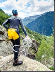 Craig throws the rope down (Canyoning Italy 2019)