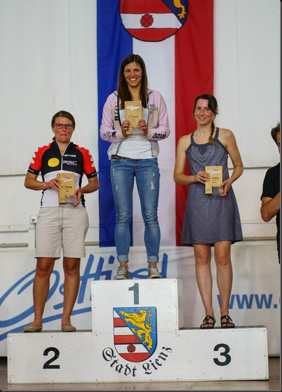 Leonie on the podium (Dolomitenrundfahrt)