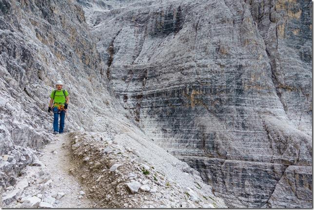Johannes walking (Dolomitten ohne Grenzen 2019)