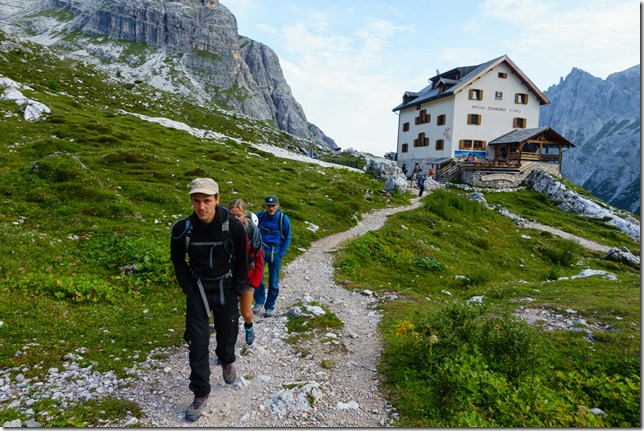 Leaving the hut (Dolomitten ohne Grenzen 2019)