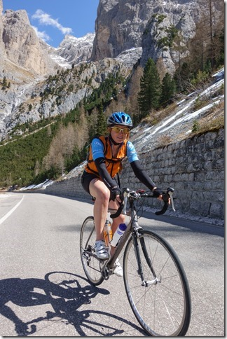 Leonie riding in the dolomites (Cycling in the dolomites April 2017)